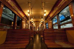 Interior de uno de los vagones de la Línea A - FUENTE lanacion.com - FOTO: LANACION/Ezequiel MUñoz