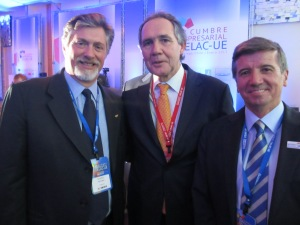 Eduardo Regondi (CAME) Con Lorenzo Constans (Presidente CPC) y William Phillips (Director Ejecutivo)
